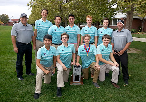 The Waterford Men's Golf Team finished second after a great fall season.